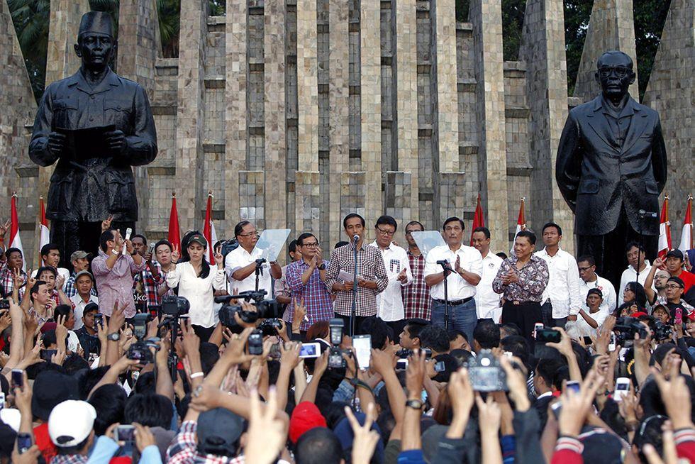 L'Indonesia al voto e altre foto del giorno, 09.07.2014