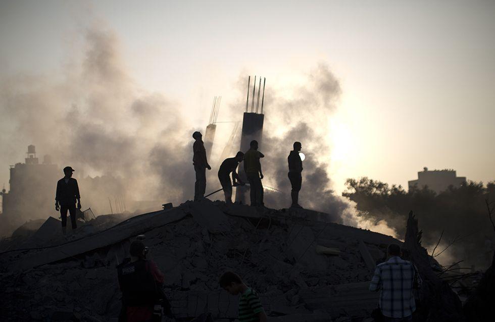 Raid aerei israeliani su Gaza e altre foto del giorno, 08.07.2014