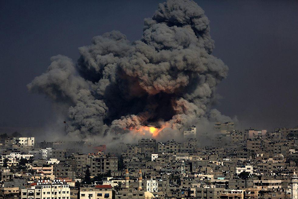 La guerra a Gaza e altre foto del giorno, 29.07.2014