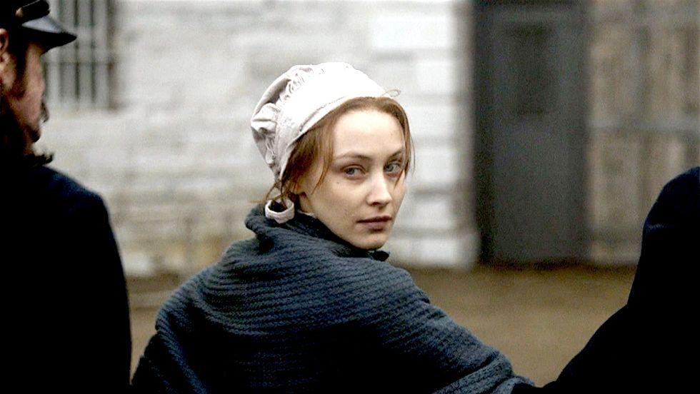 Alias Grace: foto e trailer della serie ispirata a un libro della Atwood