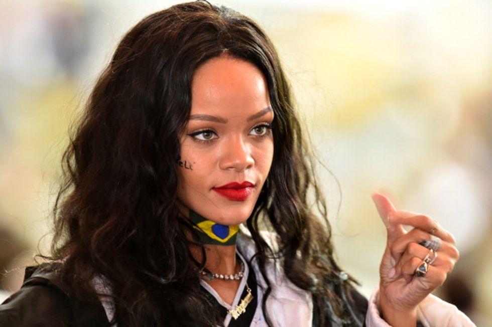 Rihanna vuole una sua squadra di calcio