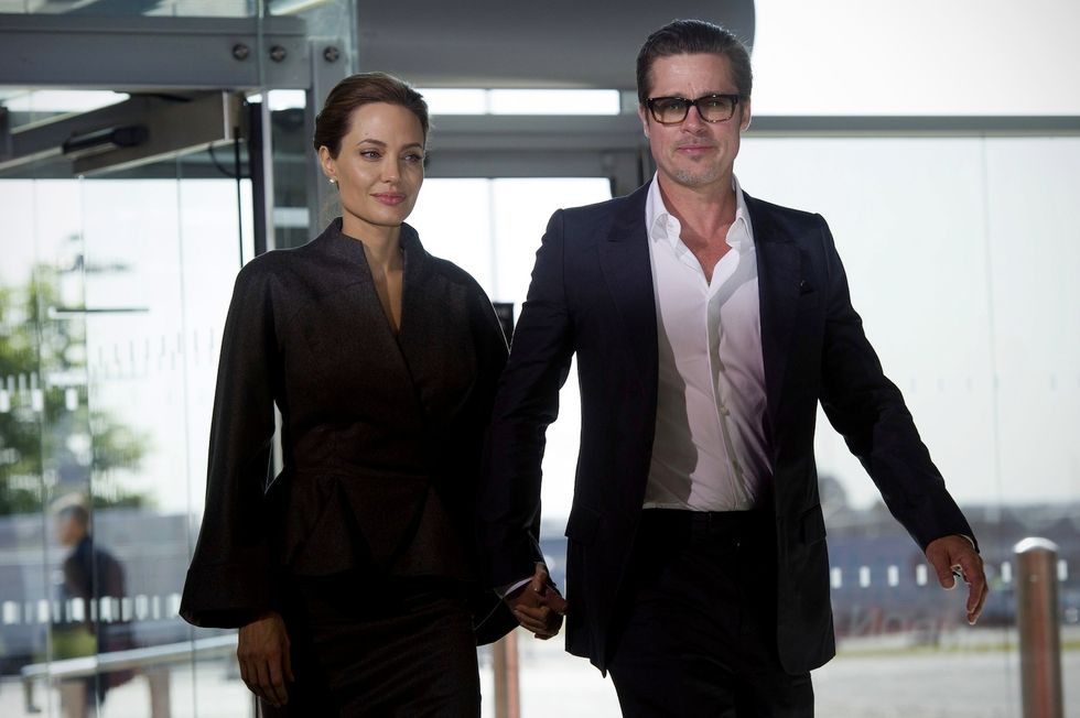 """Brad Pitt e Angelina Jolie, l'aria di crisi è """"paranormale"""""""