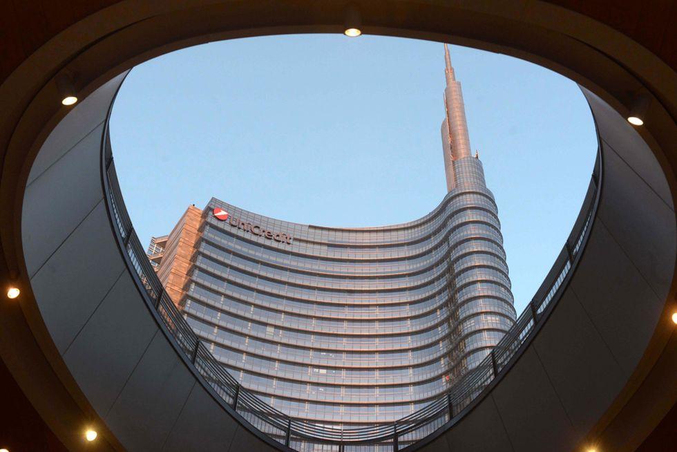 Perché le banche italiane sono costrette a fondersi