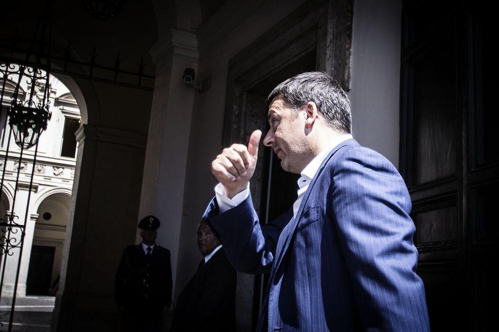 Renzi sotto accusa sulla pubblica amministrazione