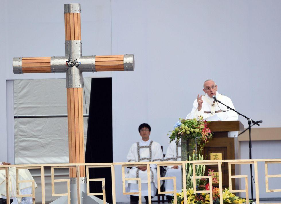 I tweet di Papa Francesco dalla Corea