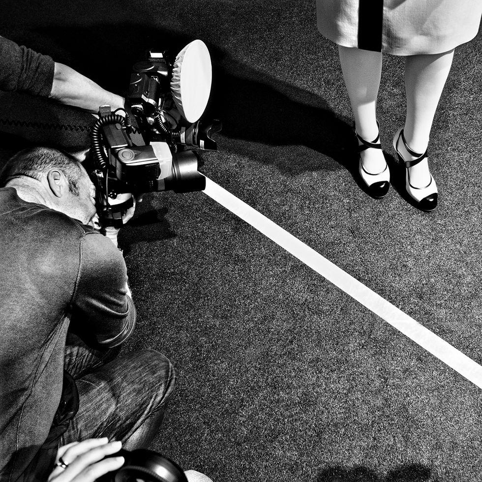 Dietro le quinte delle sfilate: Filippo Mutani in mostra a Milano