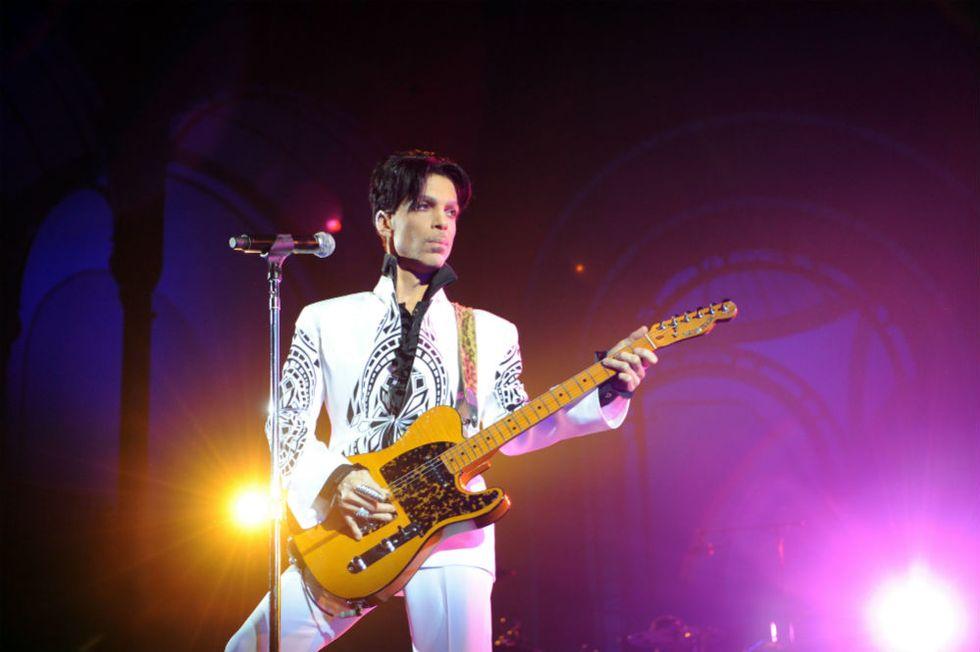 Prince pubblica 2 album nello stesso giorno