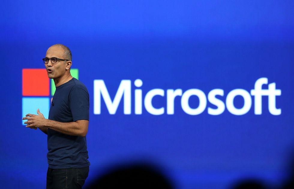 Microsoft, il business ora è sul cloud