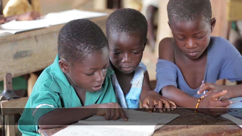 Ghana: felici di andare a scuola