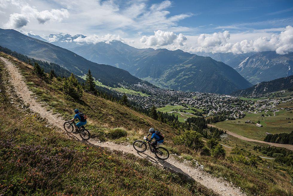 Swiss Epic: in mountain bike tra le Alpi svizzere