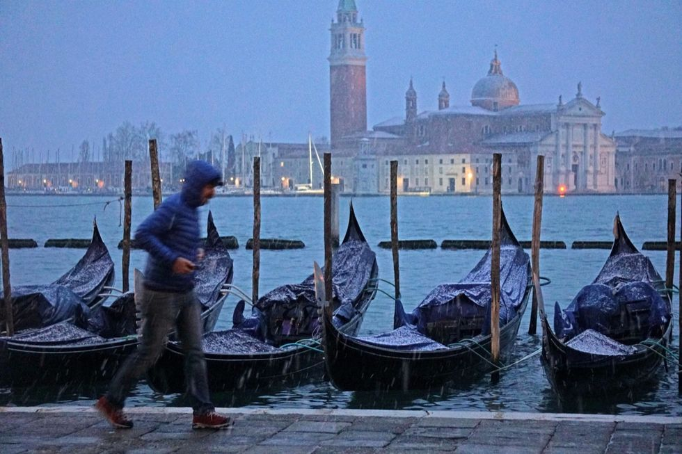 Maltempo: neve in Veneto, imbiancata anche Venezia