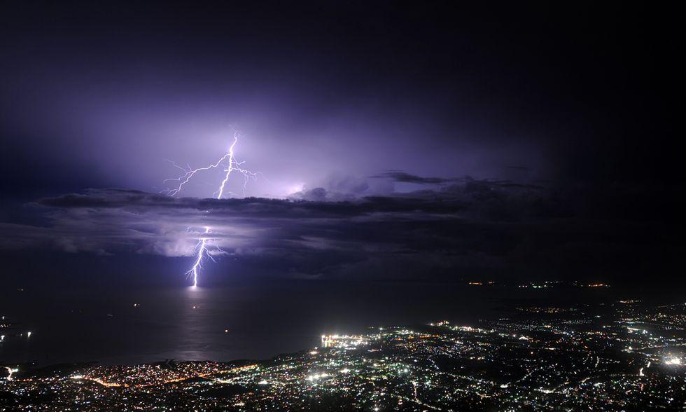 Fulmini su Haiti e altre foto del giorno, 25.09.2014