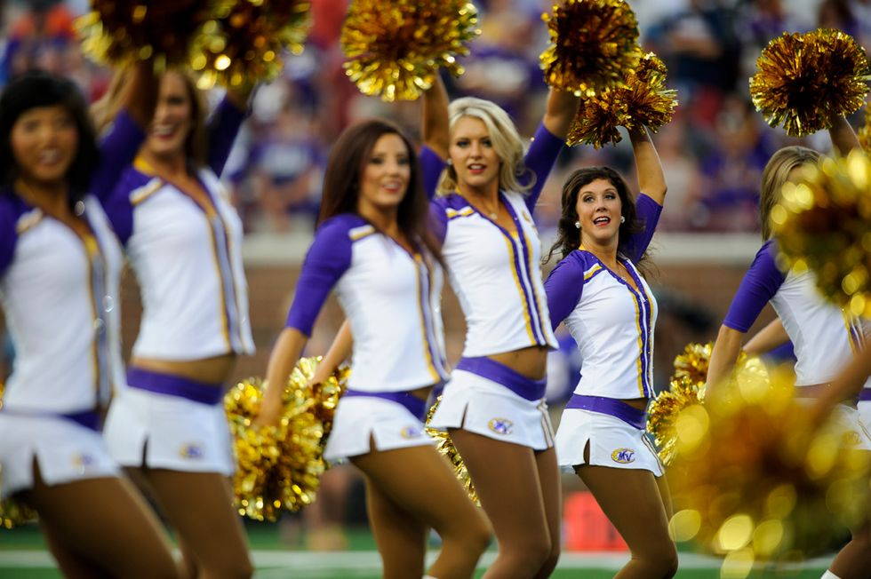 Cheerleader: Minnesota Vikings