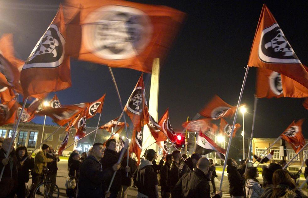 fascisti-casa-pound