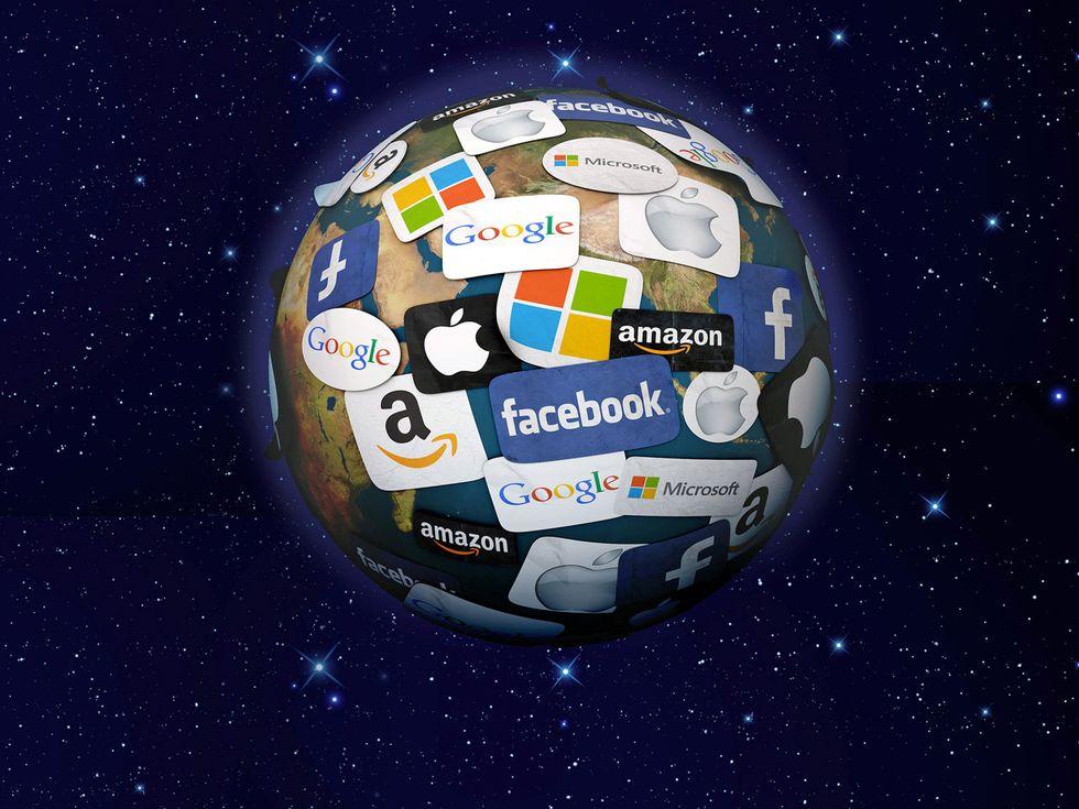 Perché Amazon, Apple, Facebook, Google e Microsoft sono i veri padroni del mondo
