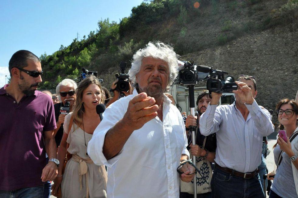Grillo va al Circo Massimo, ma il M5S è in crisi