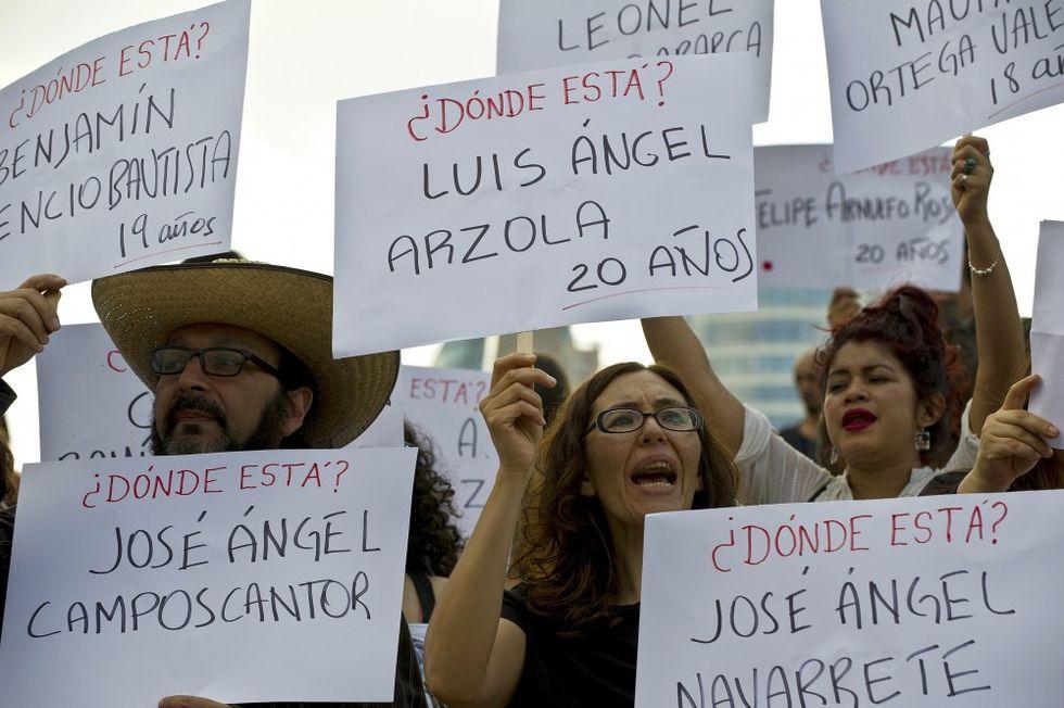 Messico: riaprite il caso dei 43 studenti scomparsi