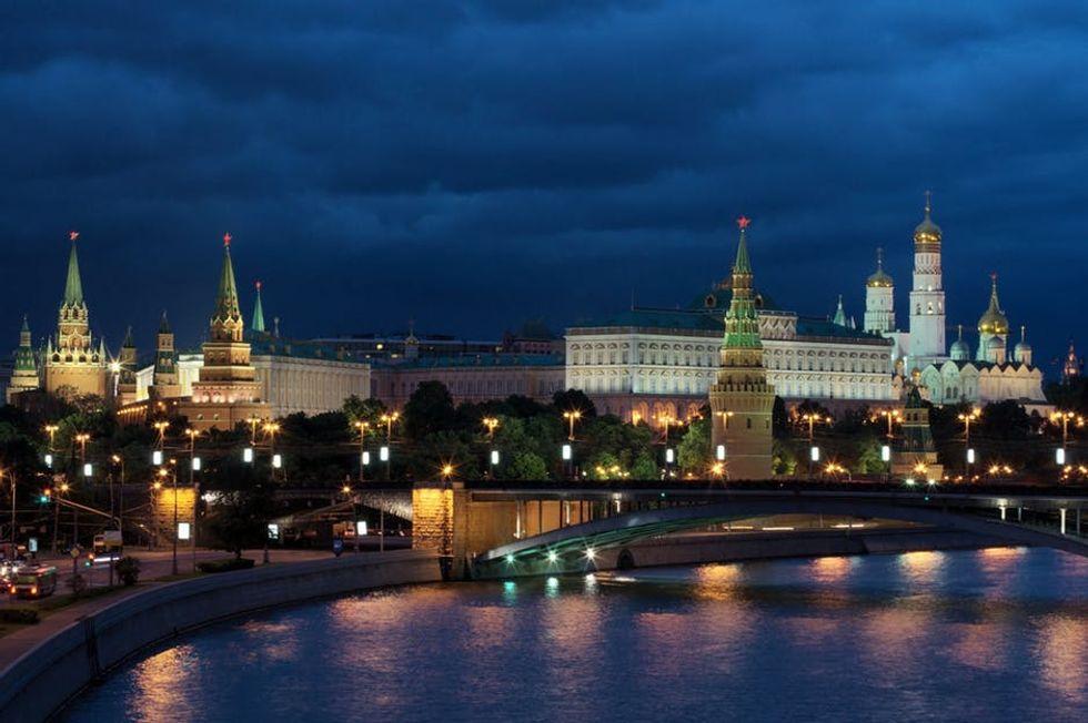 Guida alla Mosca ribelle, Voland