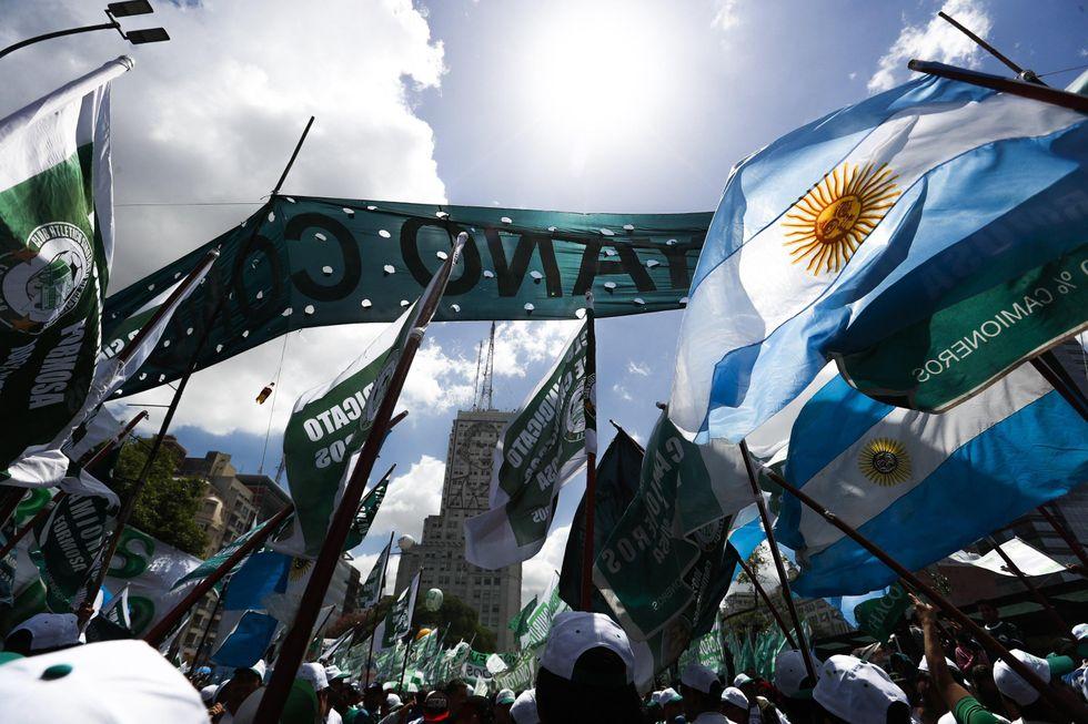 operai-argentina-mauricio-macri