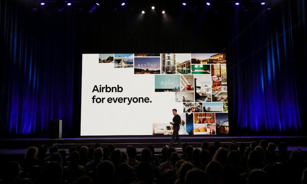 Airbnb-Keynote-Chesky