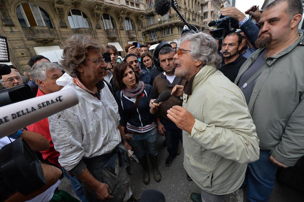 Grillo contestato a Genova: cosa è successo