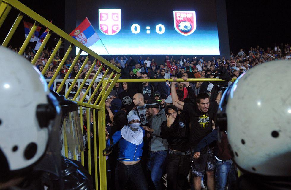 Da Belgrado a Port Said: calcio, politica e follia