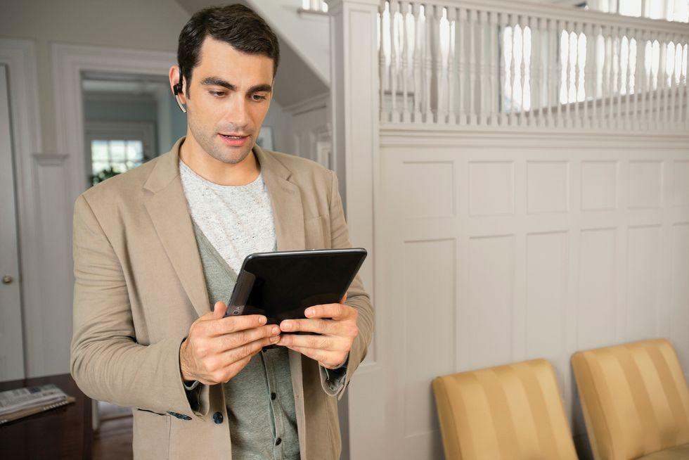 Ecco perché (e quando) parliamo con tablet e smartphone