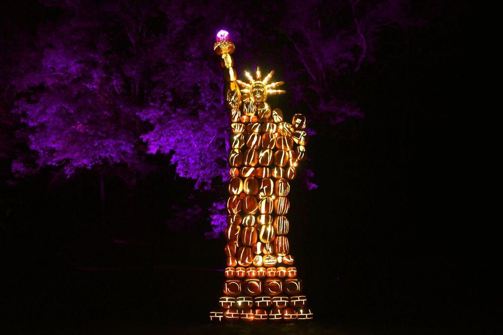 halloween zucche statua libertà