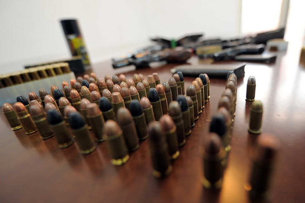 Armi, è boom di sequestri in Italia. Ma di chi sono?