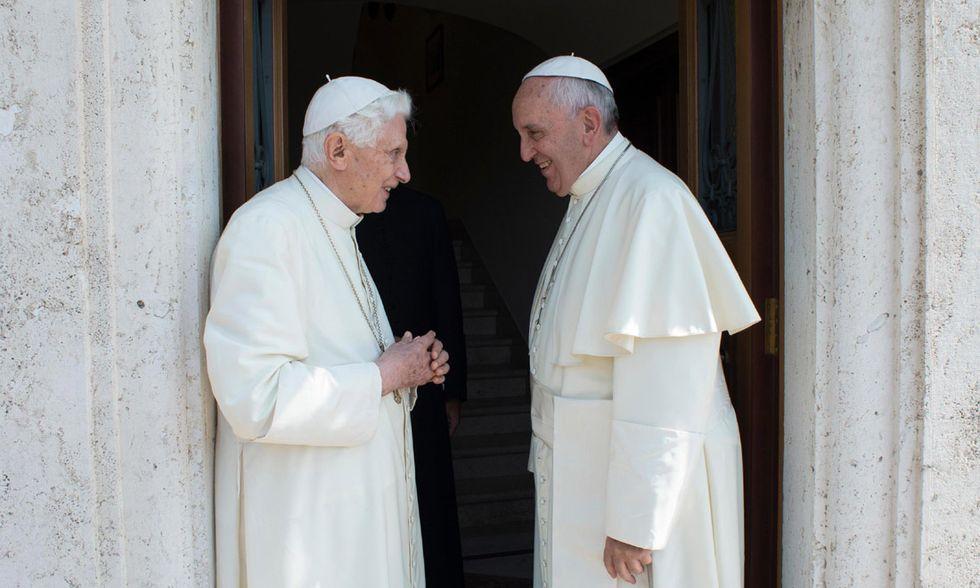 Ratzinger e Papa Francesco