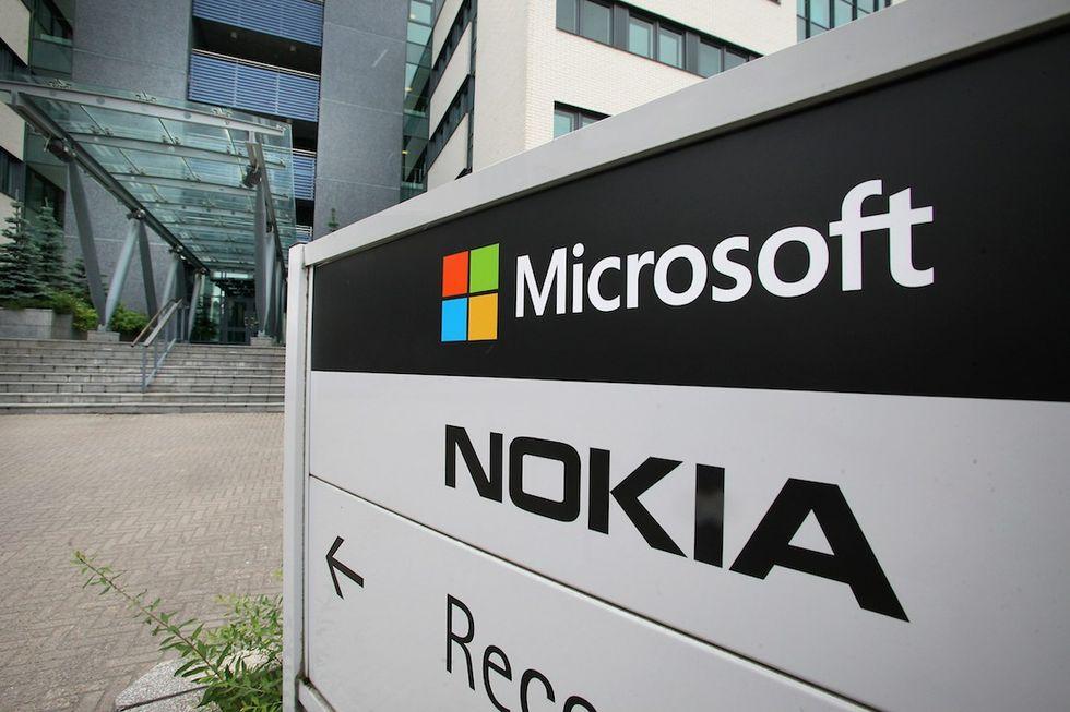Microsoft: ecco cosa c'è dietro l'addio al marchio Nokia