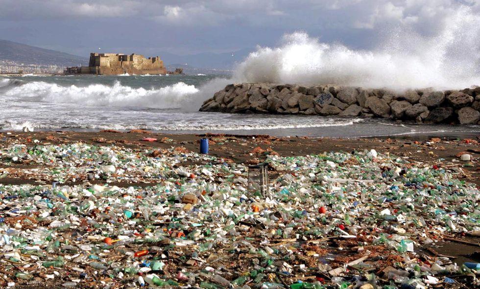 rifiuti_plastica