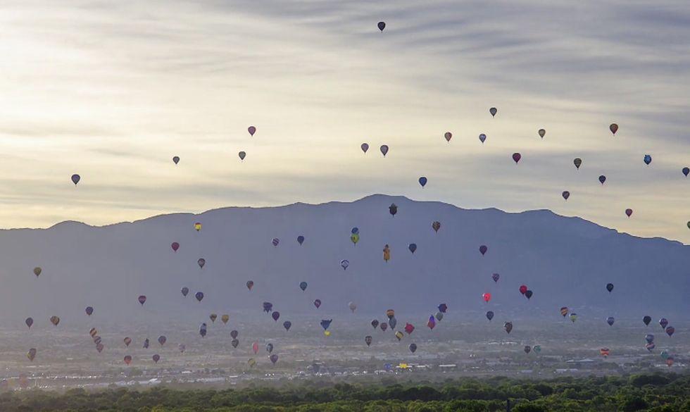 L'invasione delle mongolfiere nel cielo del Nuovo Messico