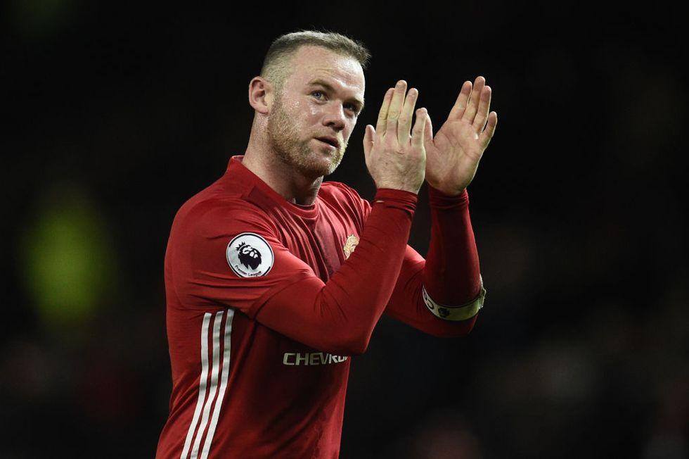 Rooney, no alla Cina: rifiuta stipendio record e resta al Manchester United