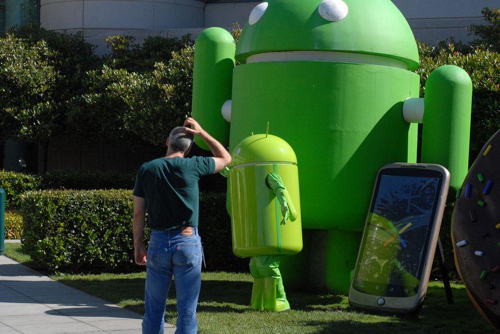 Il padre di Android lascia Google