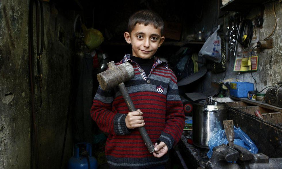 I bambini di Kobane al lavoro in Turchia
