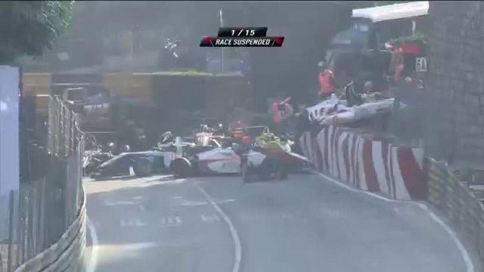 Formula 3: incidente multiplo a Macao