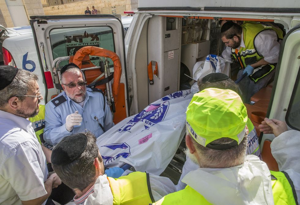 Gerusalemme, attacco alla Sinagoga