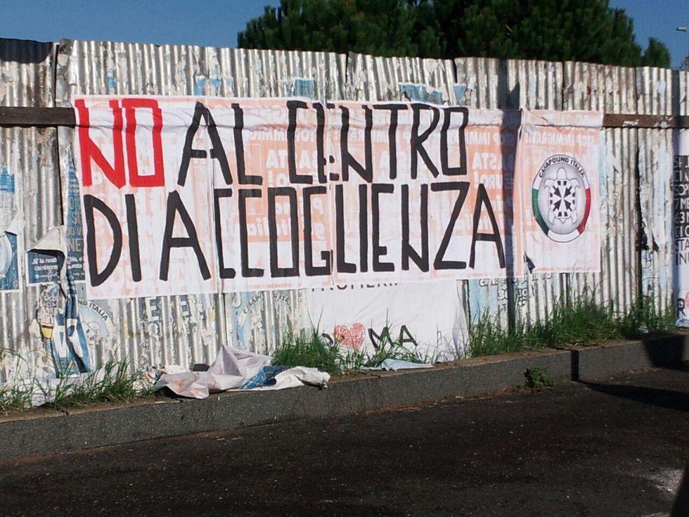 Roma, l'incendio delle periferie