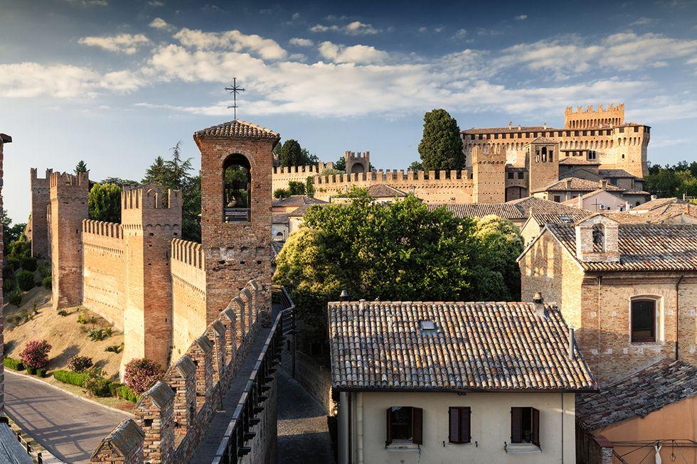 Il castello di Gradara in provincia di Pesaro e Urbino