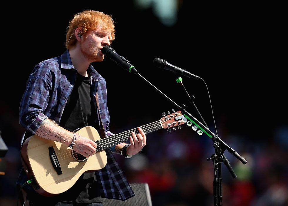 "Ed Sheeran: i nuovi singoli ""Castles on the hill"" e ""Shape of you"""