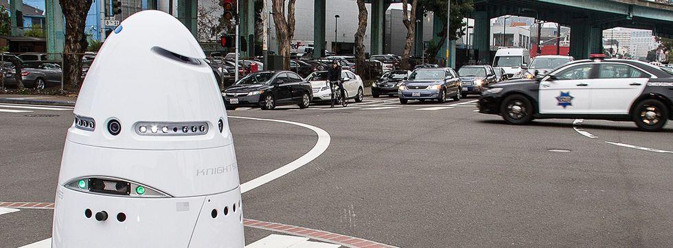 Ecco i primi poliziotti robot. Sembrano più R2-D2 che Robocop