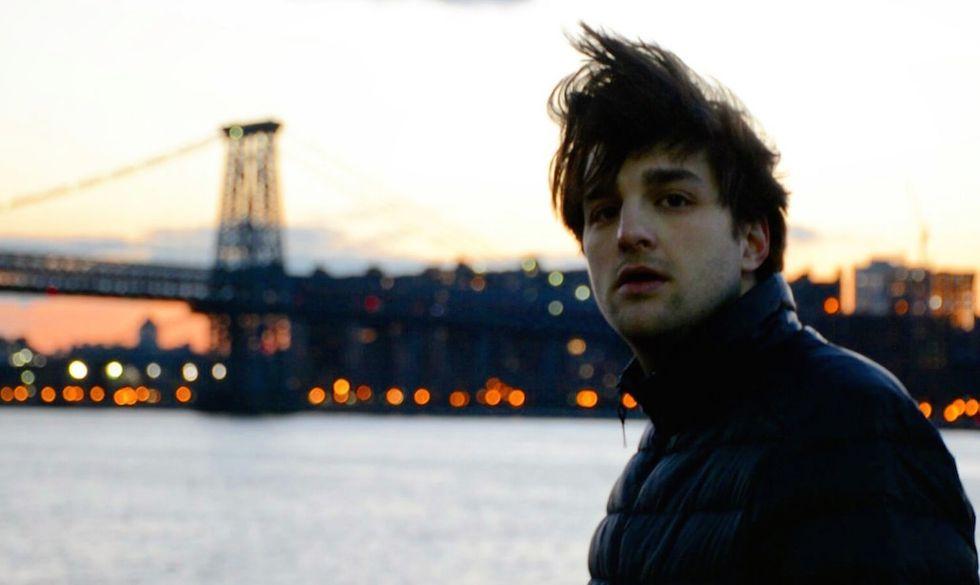 """Braschi a New York, durante le riprese del videoclip di """"Nel mare ci sono i coccodrilli"""", il brano che ha portato a Sanremo 2017"""
