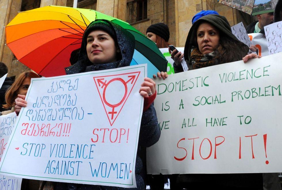 La Giornata contro la violenza sulle donne in 12 foto