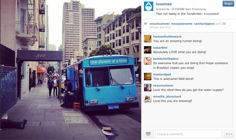 """""""Lava Mae"""", docce gratis per i senza tetto di San Francisco"""