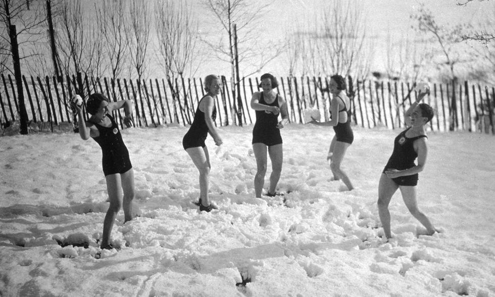 Giochi sulla neve d'altri tempi in Inghilterra