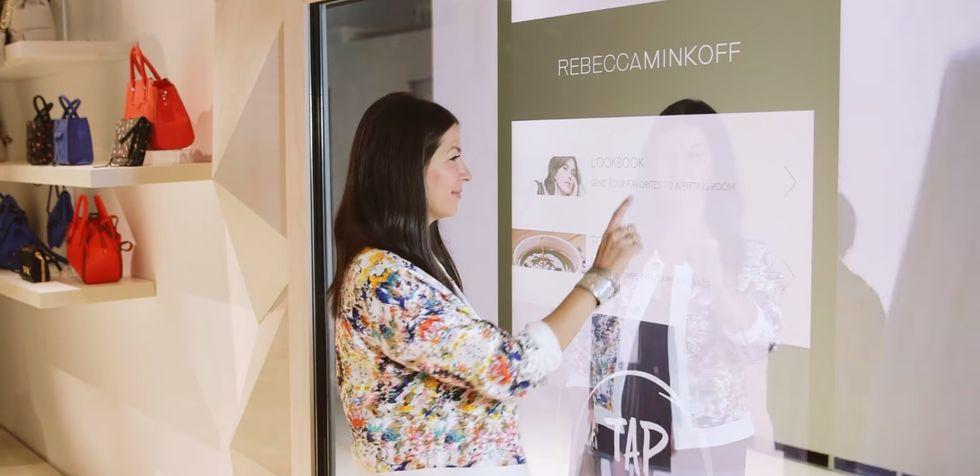 Smart Store, eBay ha reinventato il negozio al dettaglio