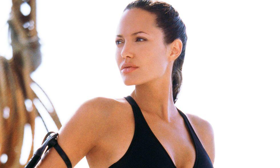 Angelina Jolie: Lara Croft, l'impegno, la bellezza. 40 anni in 40 foto