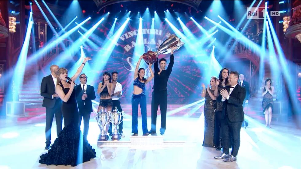 Ballando con le stelle 10: vince Giusy Versace
