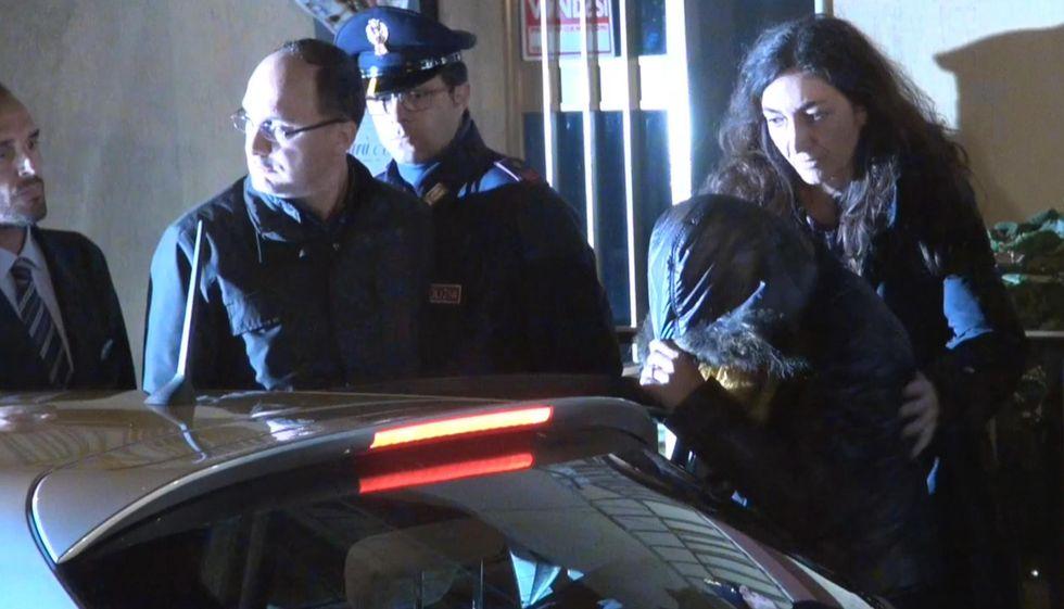 Loris, accusa di omicidio aggravato per la madre